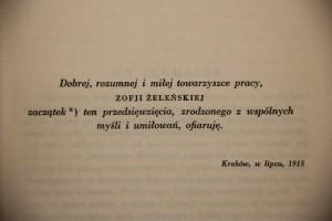 """Dedykacja dla Zofii Żeleńskiej umieszczona na karcie """"Prób"""" Montaigne'a, fot. Monika Śliwińska"""
